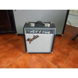 Amplificador Fender...